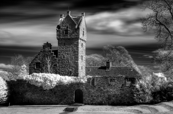 Mains castle infrared photograph